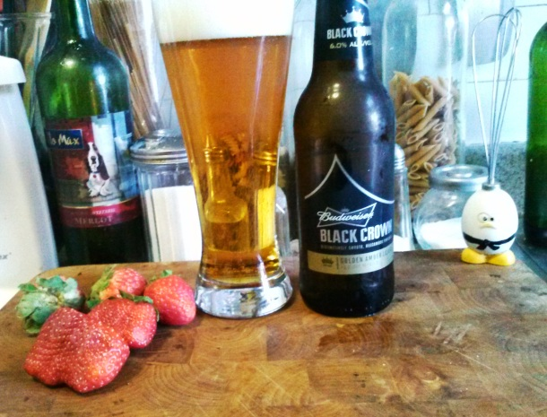BUDWEISER BLACK CROWN AND STRAWBERRIES